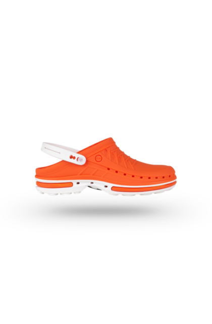 WOCK CLOG 05 Klumpa – Narancs   Fehér – Sterilizálható Munkapapucs (38/39)